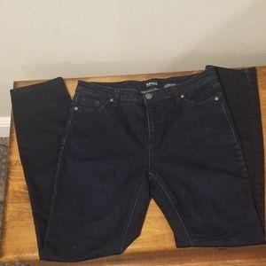 Womens size 10/30 Buffalo skinny jeans